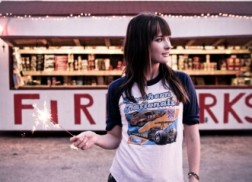Country Newcomer Kacey Musgraves to Join John Mayer on Tour