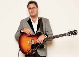 Vince Gill Among 2019 Songwriters Hall of Fame Nominees
