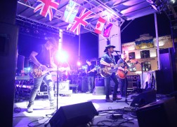 Country Music Proves to be Worldwide at CMA World GlobaLive! Stage