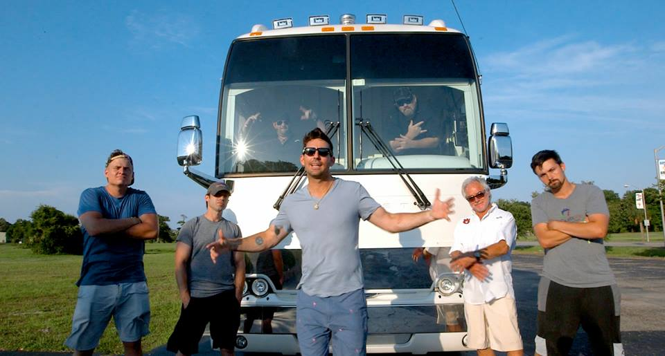 Jake Owen Goes 'Putt Puttin' With That's Classic Media