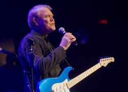 10 Essential Glen Campbell Songs