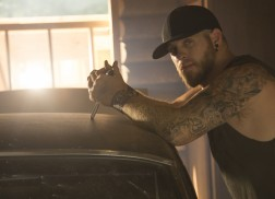 Brantley Gilbert Frequently Tears Up Over Baby On the Way