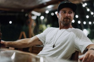 Kip Moore Announces Third Studio Album, 'SLOWHEART'