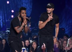 Jason Derulo is 'Obsessed' with Country Music