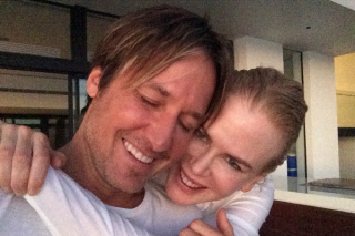 Keith Urban Shares Adorable Couple Photos to Celebrate Wedding Anniversary