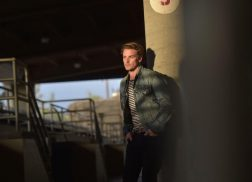Exclusive Premiere: 'Nashville' Actor Riley Smith Debuts New Single, 'I Can't Keep Missing You'