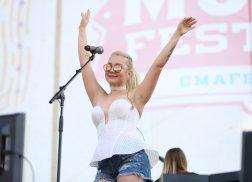 RaeLynn Shares Her Festival Essentials For Summertime