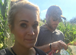 Carrie Underwood Gets Lost in a Corn Maze on Family Trip to Pumpkin Patch