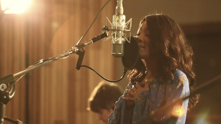 Mickey Guyton Debuts Stunning Live Performance Video for 'Nice Things'