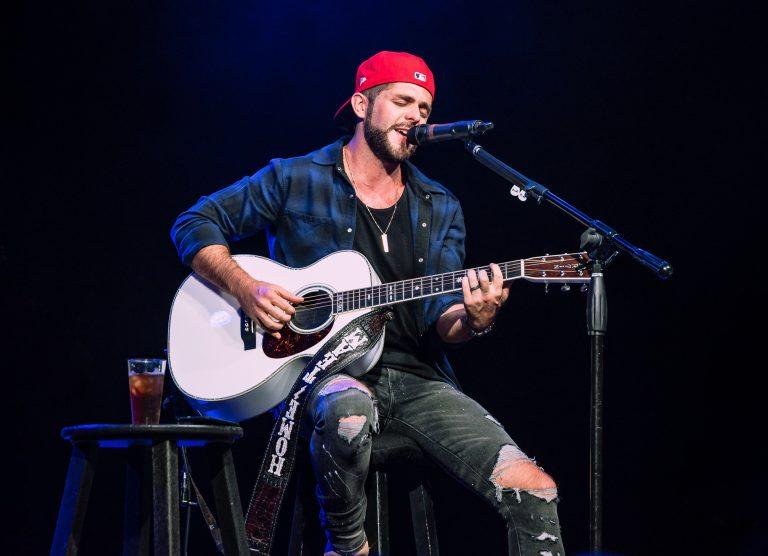Thomas Rhett Named Country Artist of the Year at 2018 iHeartRadio Music Awards