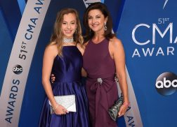 Troy Gentry's Wife and Daughter Attend CMA Awards in His Honor