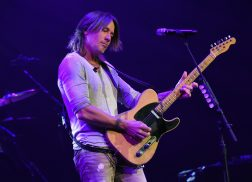 Keith Urban Announces Album 'Graffiti U' and World Tour During Surprise Nashville Show