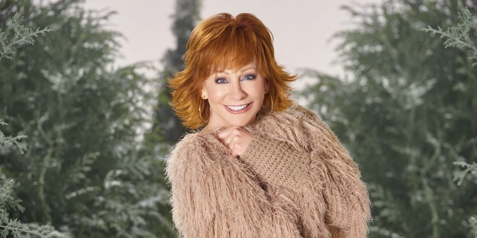 Reba's New Christmas Tradition Includes 'Elf' and 'Nacho Libre'