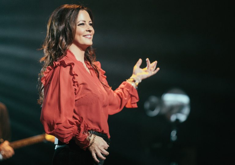 Sara Evans to Headline CMT's Fourth Annual 'Next Women of Country' Tour