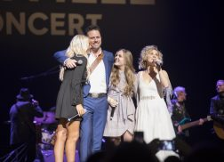 'Nashville' Says Goodbye to Music City in Emotional Farewell Concert