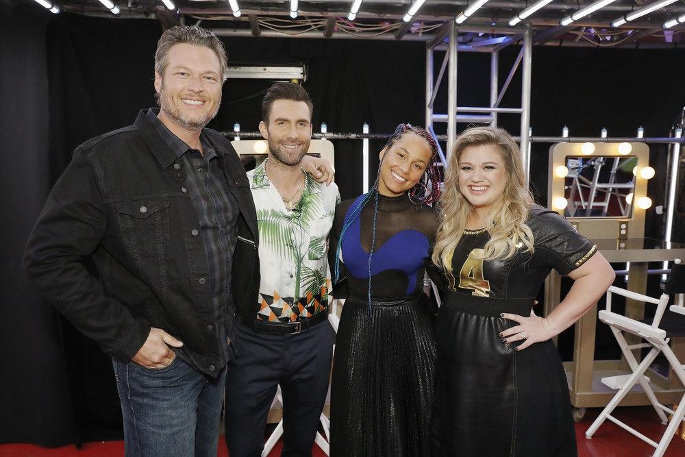 Blake Shelton, Kelly Clarkson To Return As Coaches on 'The Voice'