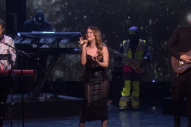 Maren Morris Stuns During Television Performance of 'The Middle'