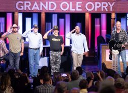 Darius Rucker, Kellie Pickler and More Say 'Thank You' to Veterans at Opry's Salute the Troops
