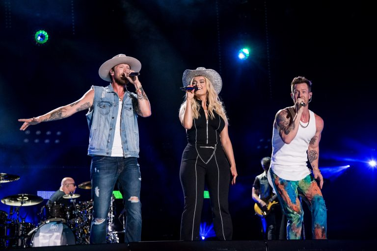 Florida Georgia Line, Bebe Rexha Among Performers at 52nd Annual CMA Awards