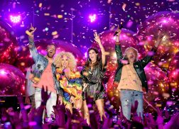 Little Big Town Opens 2018 CMT Music Awards with Feel-Good Single 'Summer Fever'