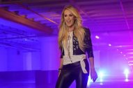 Carrie Underwood Joined By 10 NFL Players for 2018 Sunday Night Football Opening