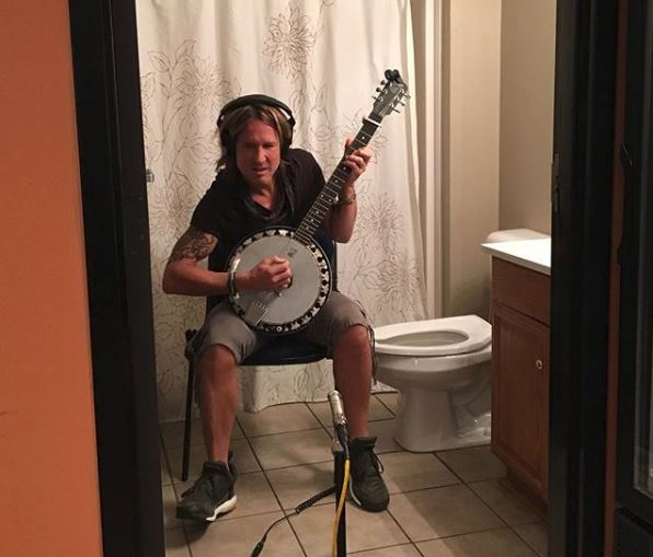 Keith Urban Takes to the Confines of a Hotel Bathroom For New Music