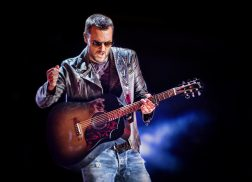 Fans Will Be Seeing Double for Eric Church's 2019 Tour