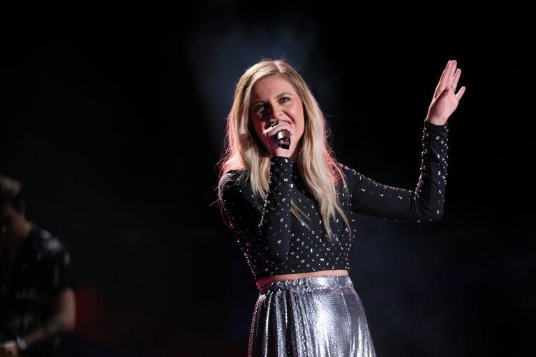 Kelsea Ballerini Announces 2019 Headlining Tour