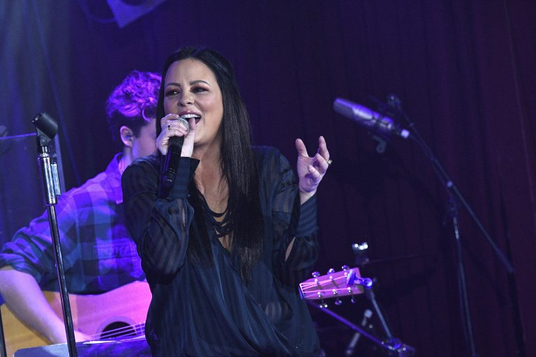 Sara Evans Airs Frustrations About Lack of Women in Country Music