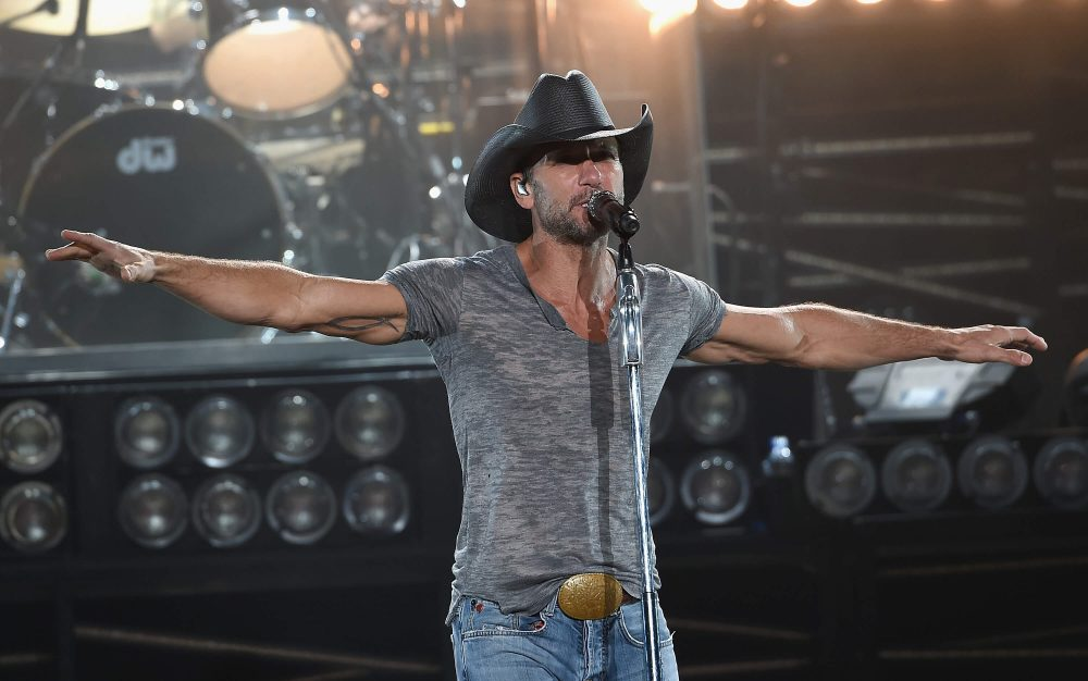 Tim McGraw to Perform Free Show at 2019 NFL Draft