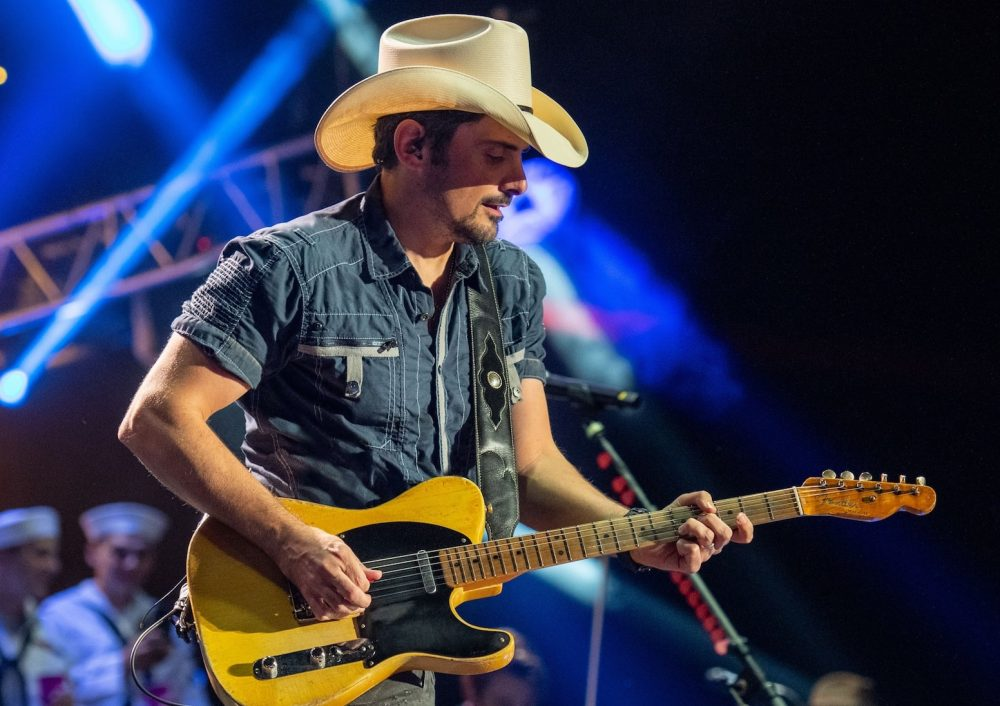 Brad Paisley Is Ready to Circumnavigate the Globe With 2019 World Tour