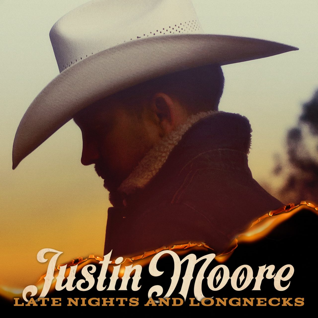 Justin Moore Makes It an Even Ten With 'Late Nights and Longnecks' Track List