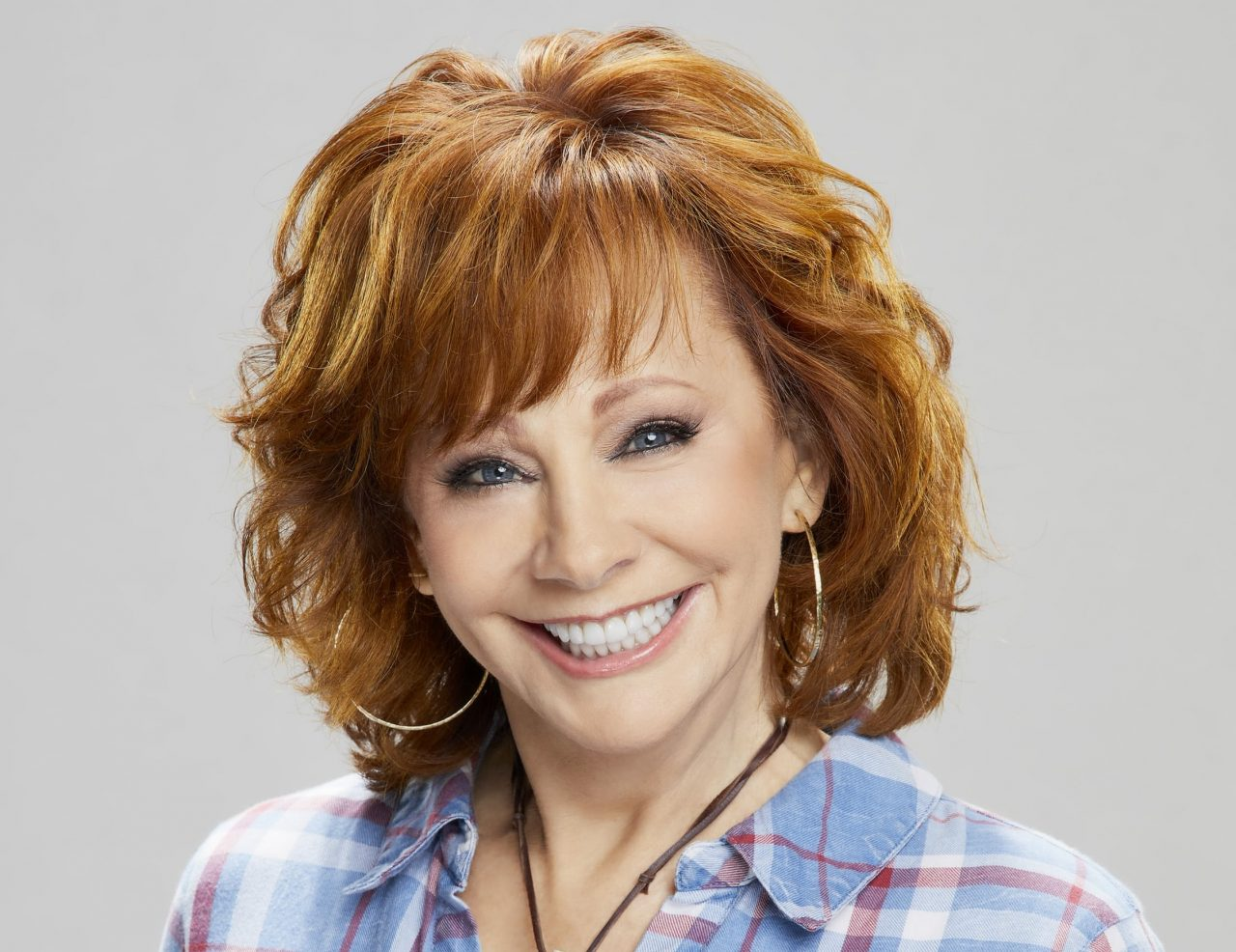 """Reba Delivers Heartache and Hope on """"Stronger Than the Truth"""""""