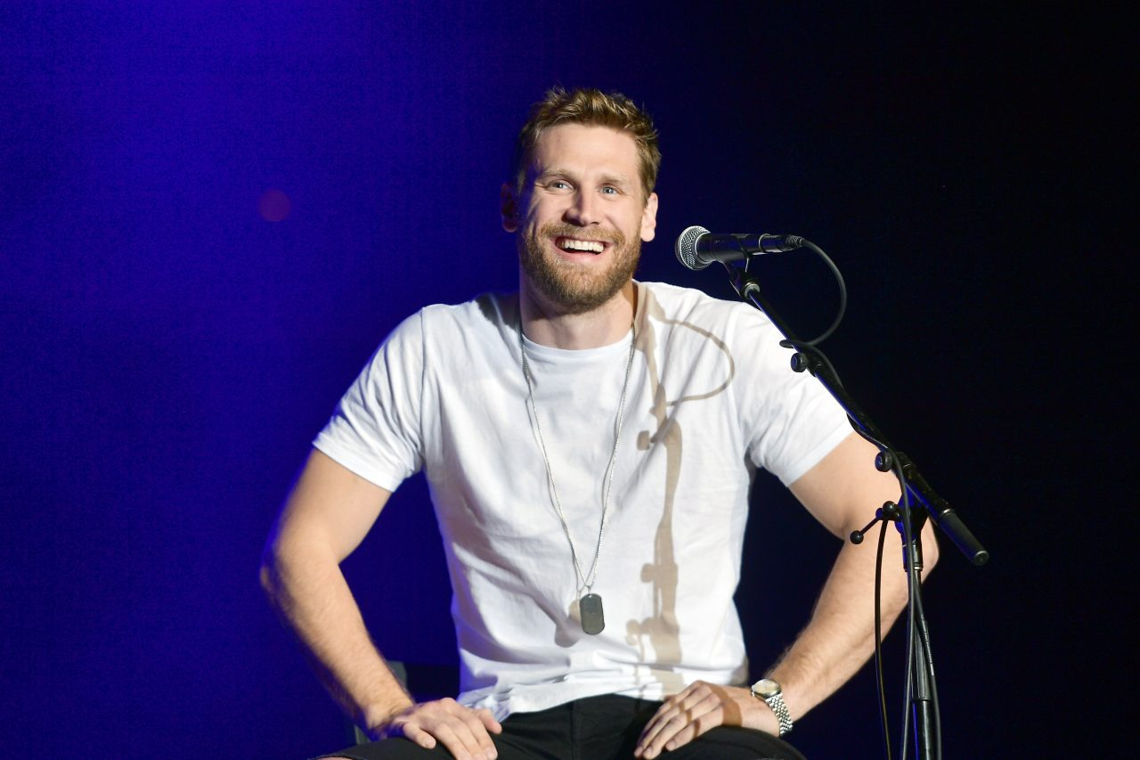 Chase Rice Scores Two-Week No.1 With 'Eyes On You'