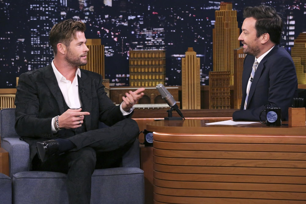 Watch Chris Hemsworth Cover Johnny Cash's 'Hurt' as Fat Thor